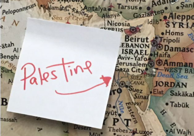 "Rashida Tlaib Replaces Israel with ""Palestine"" post-it"